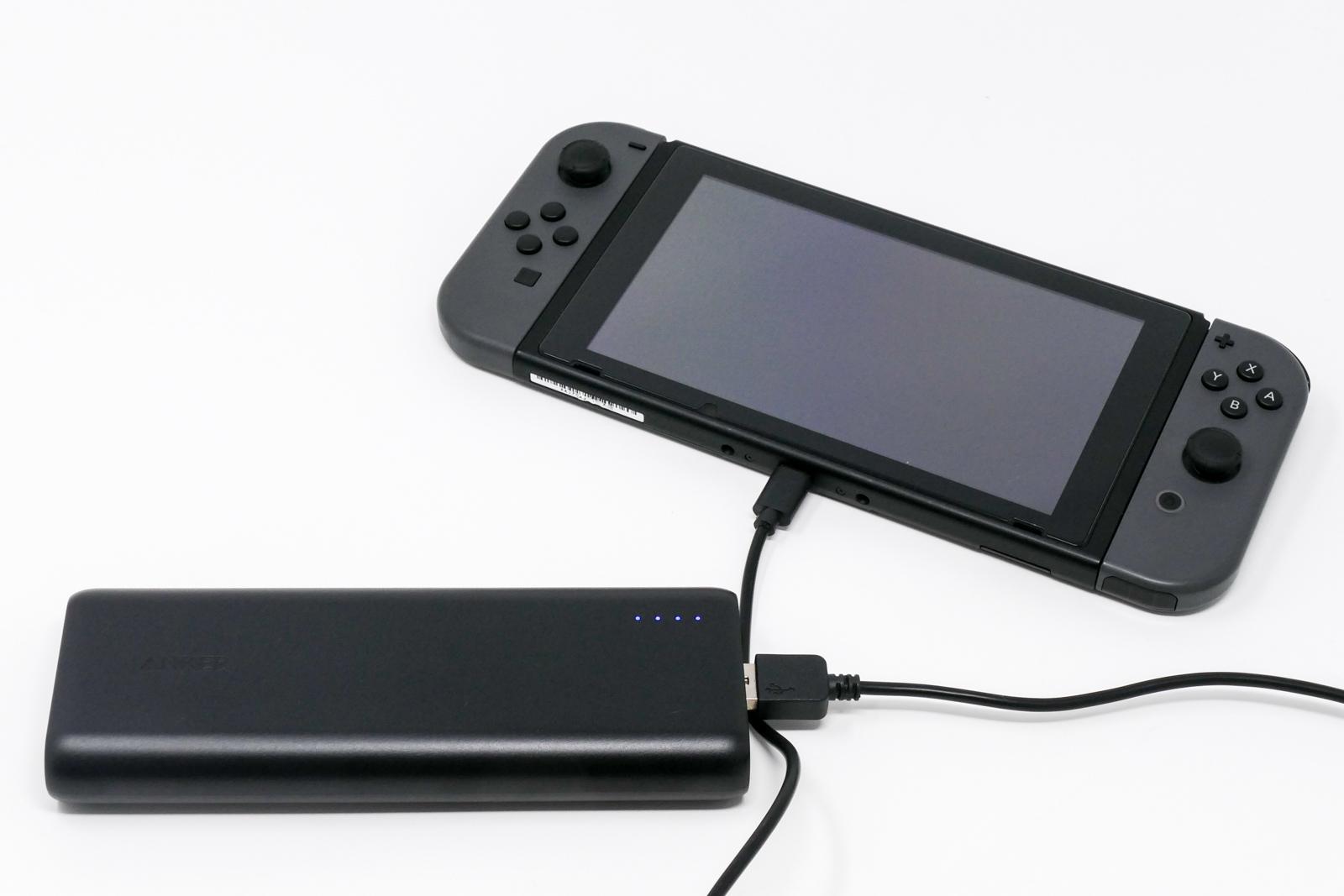 Nintendo SwitchとANKERのモバイルバッテリー